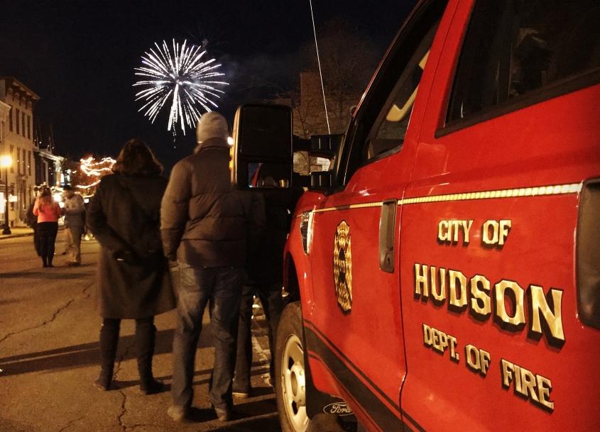 hudson-winter-walk-fireworks.jpeg